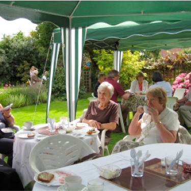 Castle Donington Museum volunteer - hosting a garden party